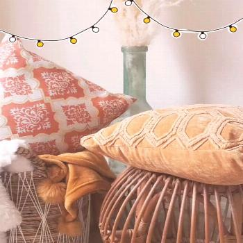 Calling all home decorators & or those who love decorating! Feel