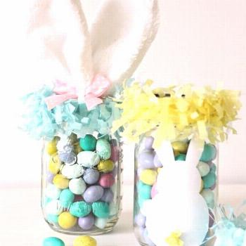It's not too early to order your Easter wreaths and treats! DM or
