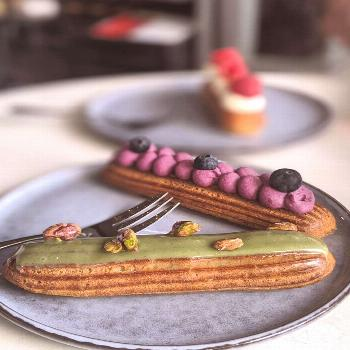 The best eclairs in Syndey. Enough said! . . #willtravelforfood #
