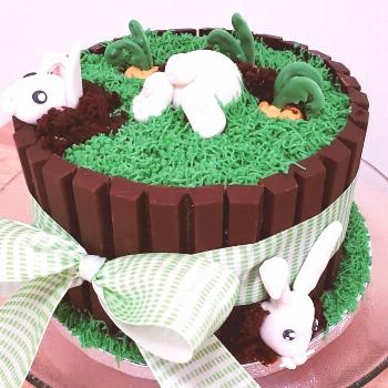 This is still my favorite cake creation to date - hope to make a