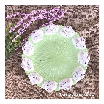 Vintage bunny plate in amazing condition! Looks like a lettuce de