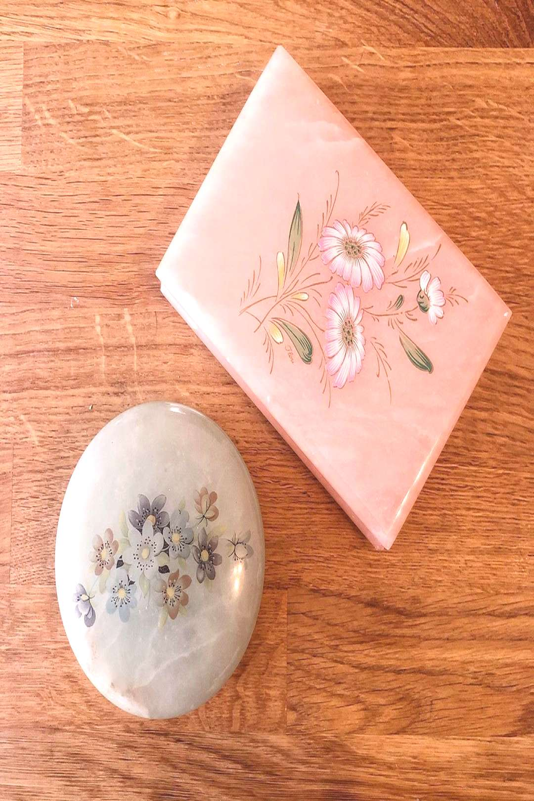 dreamy Italian alabaster hand-painted 1950s hinged boxes to upgra