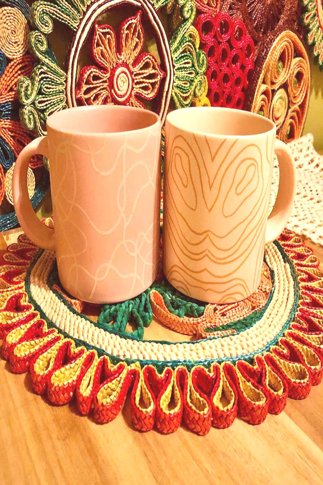 Love the pattern and colors on this gorgeous set of two. This is