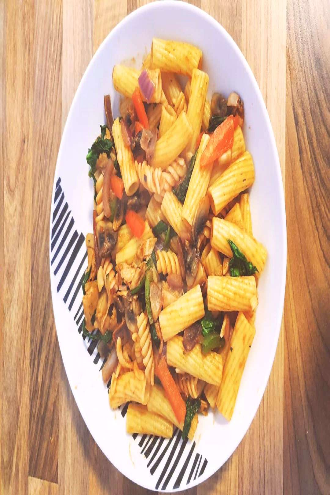 So pasta before work, filled with spinach, peppers mushrooms and