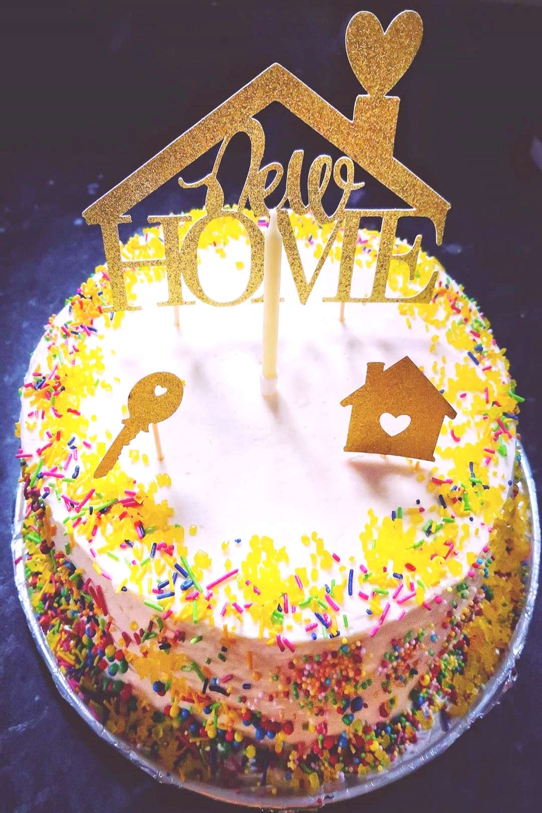 So this is the Sponge Cake that Yana and I made for our 1 year an