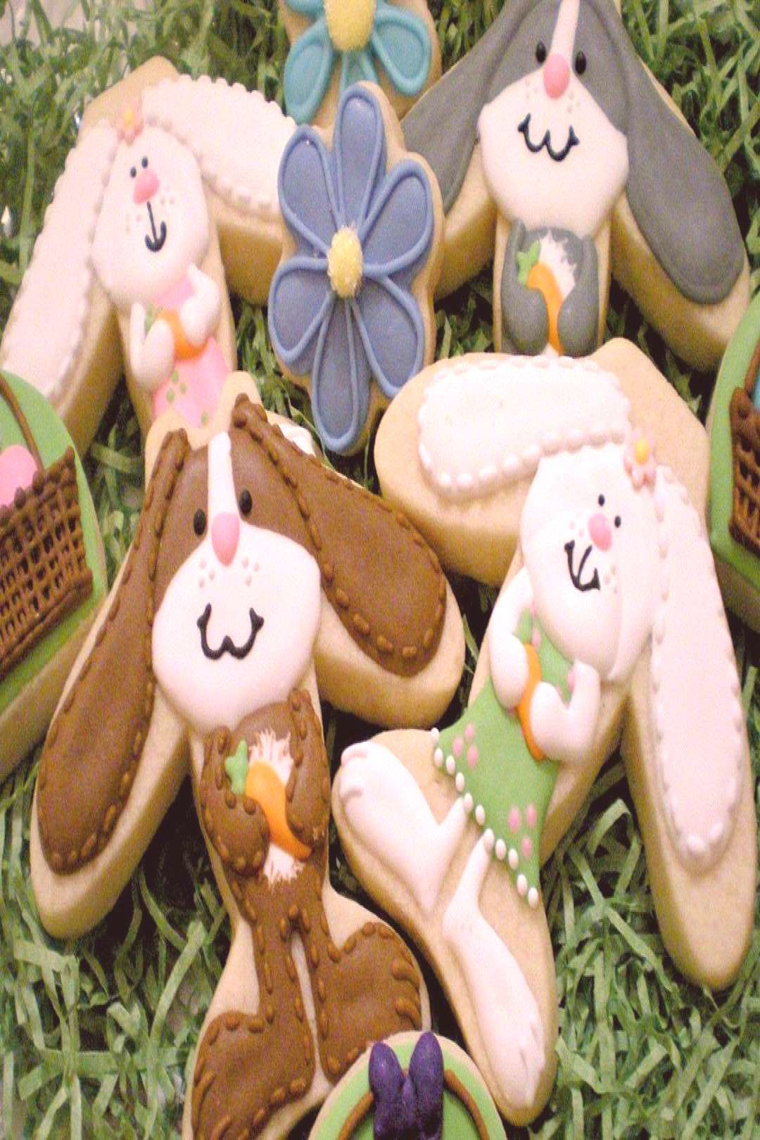 used a airplane cutter to make these floppy-earred bunnies, and I